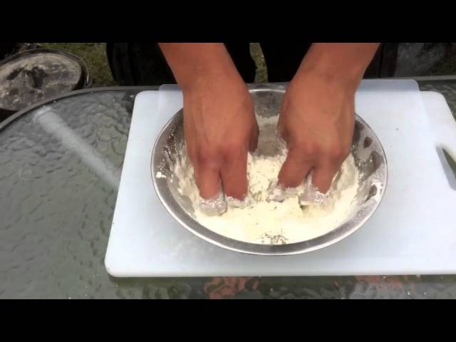 Simple Herb Damper – Camp Oven Cooking With Mick